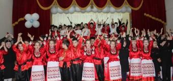 Маленькие казаки и казачки школы № 61 дали торжественную клятву с честью нести свое высокое звание.